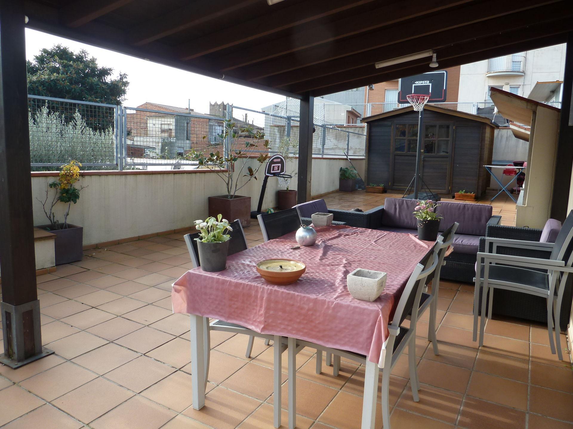 Dúplex amb terrassa de 100 m2